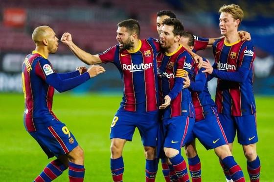 Lionel Messi vẫn luôn biết cách tỏa sáng tại Barcelona. Ảnh: Getty Images
