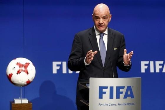 Chủ tịch FIFA, Gianni Infantino lạc quan Covid-19 sẽ sớm được loại trừ.