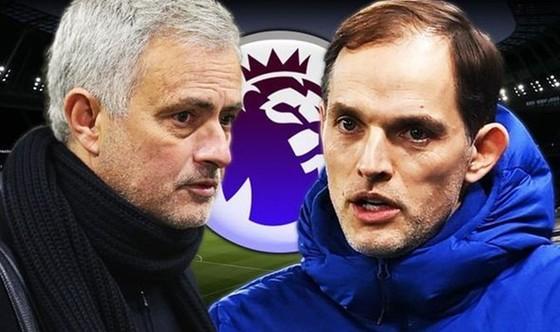 HLV Jose Mourinho có động thái gây áp lực lên tân HLV Chelsea, Thomas Tuchel.