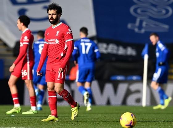 Man.City gia tăng cách biệt 7 điểm,  Liverpool tiếp tục lụn bại ảnh 1