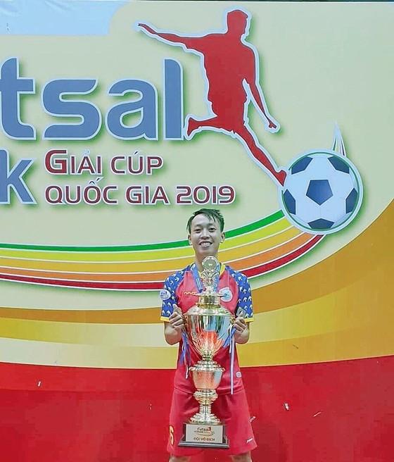 Cầu thủ futsal Nguyễn Văn Hạnh tuyên bố giải nghệ ảnh 2