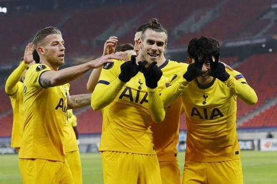Europa League: Man.United thể hiện uy lực, bóng đá Anh chiếm lợi thế ảnh 1
