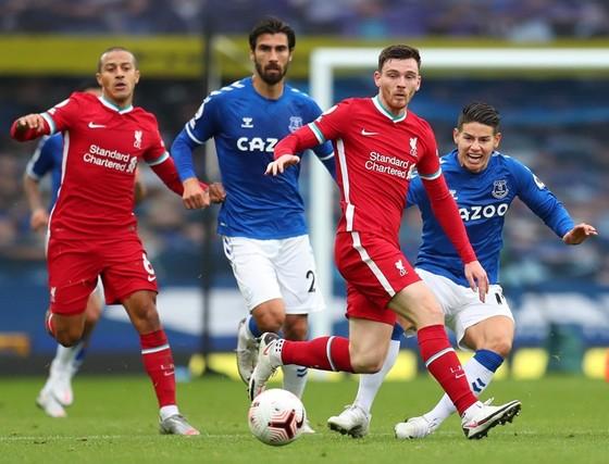 Everton đang sở hữu năng lực cân bằng khi đấu Liverpool. Ảnh: Getty Images