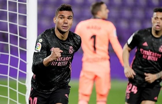 Mất 5 điểm trước Levante trong 3 ngày, ngôi đầu Atletico lung lay ảnh 1