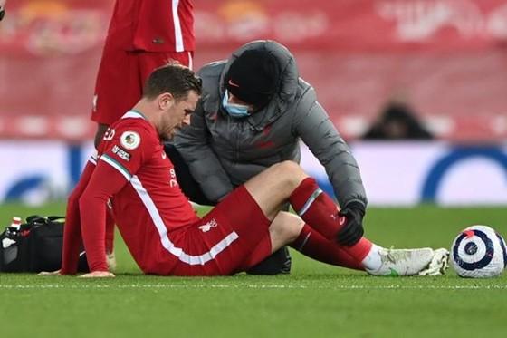 Liverpool chìm sâu trong ác mộng ảnh 1