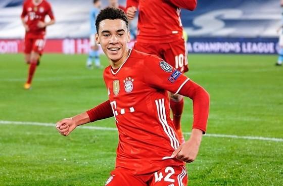 Bayern quá mạnh so với Lazio ảnh 1