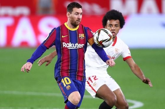 Barcelona đã trở lại cuộc đua vô địch  ảnh 1