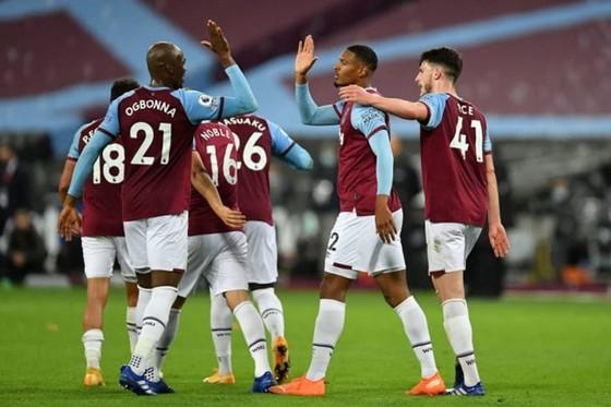 West Ham thay Chelsea chiếm lĩnh vị trí thứ 4 ảnh 1