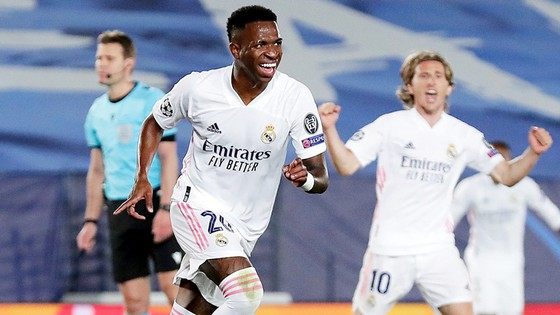 Vinicius Jr tỏa sáng với cú đúp giúp Real Madrid tạo lợi thế lớn. Ảnh: Getty Images