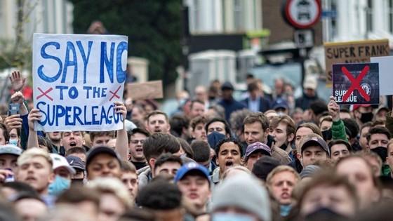 Các đại diện Anh đã thay đổi quyết định sau làn sóng phản đối.