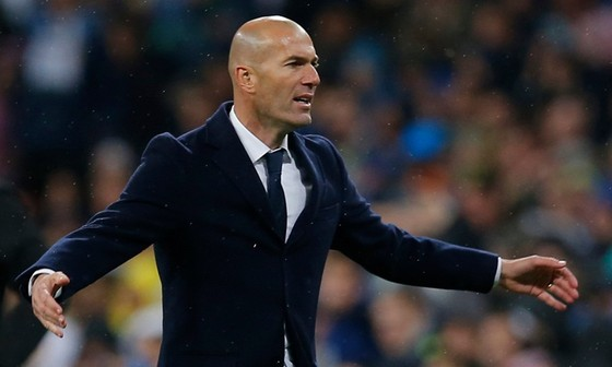 HLV Zinedine Zidane thận trọng trong phát biểu có liên quan Chủ tịch Florentino Perez.