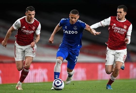 Arsenal đã gây thất vọng với trận thua thứ 7 trên sân nhà mùa này. Ảnh: Getty Images