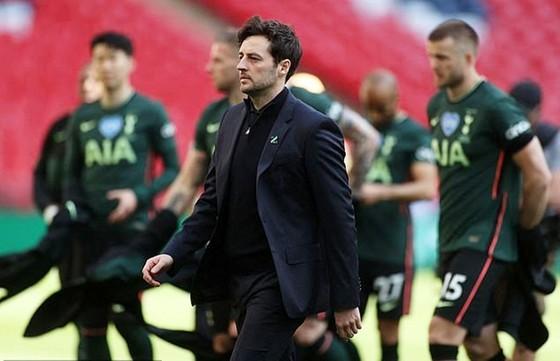 Ryan Mason không thất vọng khi nhận thức Tottenham kém xa Man.City. Ảnh: Getty Images