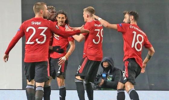 Quỷ đỏ đã mở toang cánh cửa vào chung kết Europa League. Ảnh: Getty Images