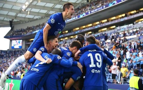 Chelsea xứng đáng lần thứ 2 nâng cúp Champions League  ảnh 2