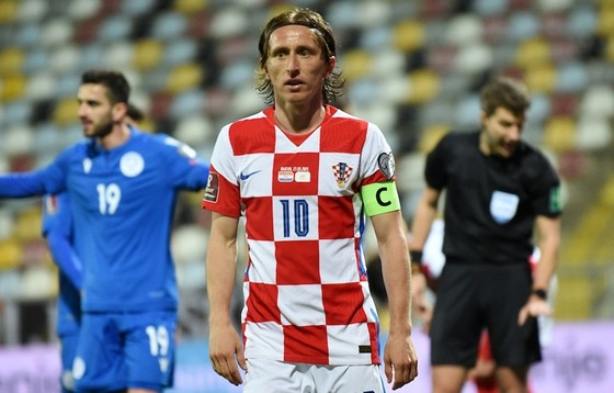 Luka Modric và tuyển Croatia phải chịu bất lợi vì di chuyển. Ảnh: Getty Images