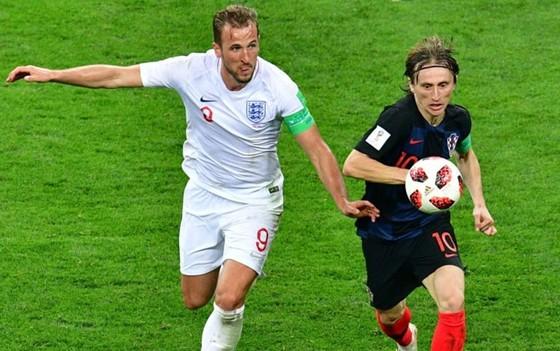 Luka Modric (phải) tin Croatia có thể gây sốc đánh bại Anh ngay tại Wembley.