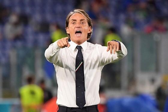 HLV Roberto Mancini muốn làm đẹp kỷ lục bằng danh hiệu tại Euro 2020. Ảnh: Getty Images