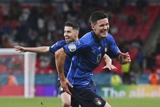 Italy - Áo 0-0 (hiệp phụ 2-1): Dự bị lập công, Azzurri giành vé tứ kết nghẹt thở ảnh 3