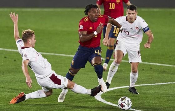 Tây Ban Nha thắng nhọc Thụy Sĩ 1-0 tại Nations League năm 2020. Ảnh: Getty Images