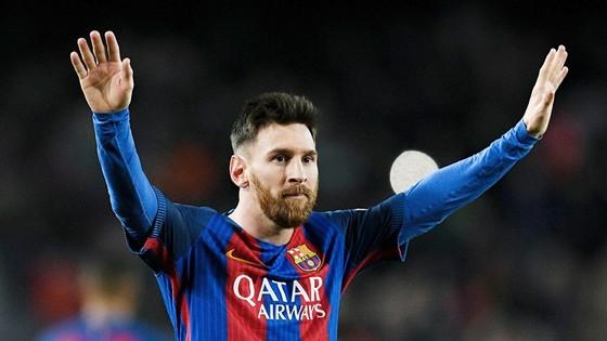 Lionel Messi thất vọng khi chính thức phải chia tay Barcelona.
