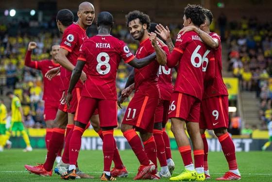 Salah tỏa sáng, Liverpool vùi dập tân binh ảnh 1