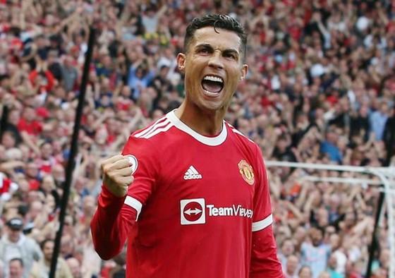 Ronaldo chưa thể đá chính ở cúp châu Âu? ảnh 1
