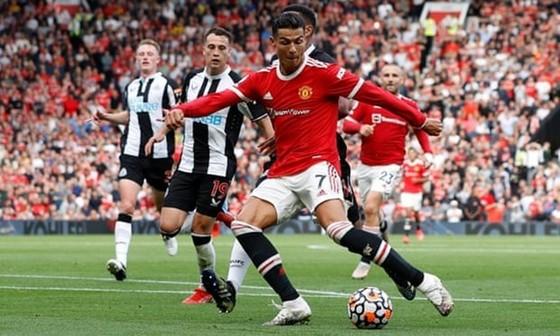 Cristiano Ronaldo vẫn khẳng định được vị thế siêu tiền đạo của thế giới.