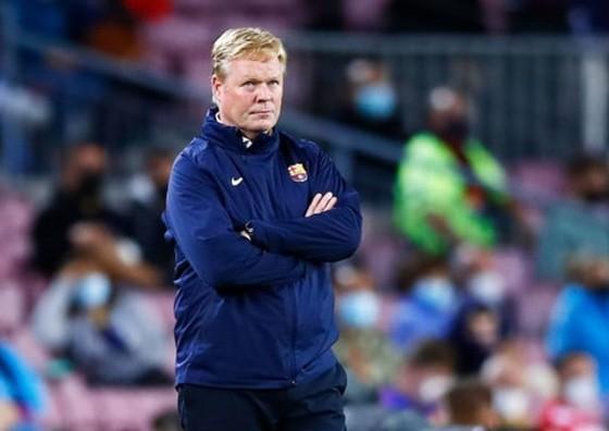 Barca bị Granada cầm hòa trên sân nhà, áp lực dồn lên Koeman ảnh 1