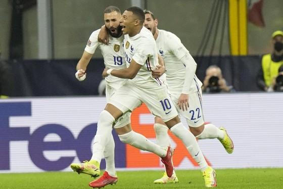 Pháp vô địch Nations League nhờ bàn thắng muộn của Mbappe ảnh 1
