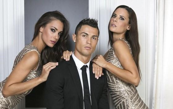 """Ronaldo xứng danh """"Ông hoàng quảng cáo""""."""