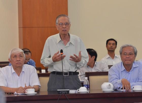 Bí thư Thành ủy TPHCM Nguyễn Thiện Nhân gặp đại diện trí thức ảnh 3