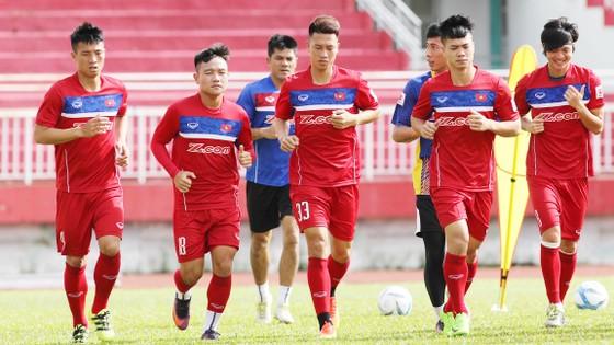 Các cầu thủ trẻ U20 đủ sức sát cánh cùng những đàn anh trong mọi cuộc hành trình.