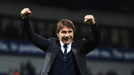 Conte vẫn chưa được Chelsea gia hạn.