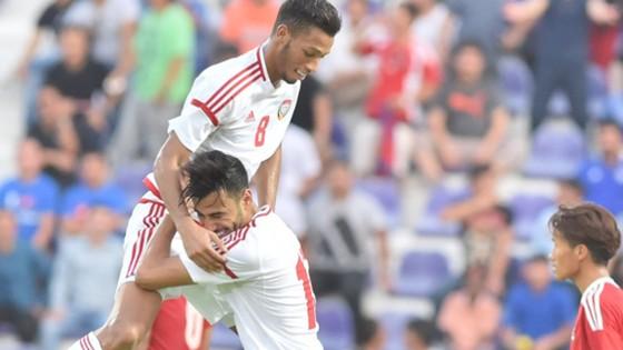 Chủ nhà UAE thị uy sức mạnh bằng chiến thắng 5-0 trước Nepal.