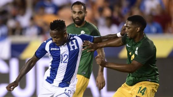 Honduras (trái) đang lo lắng về khả năng ghi bàn trước màn đối đầu với Mexico.