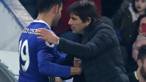 Căng thẳng giữa Costa và Conte đã đến mức không thể hàn gắn.