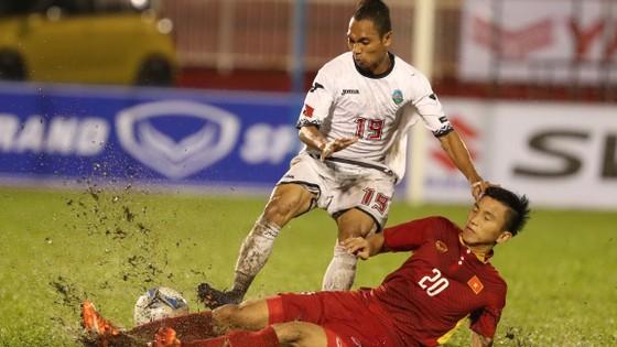 Đông Timor (trái) bước vào trận đấu với tâm lý nhẹ nhàng hơn Việt Nam.