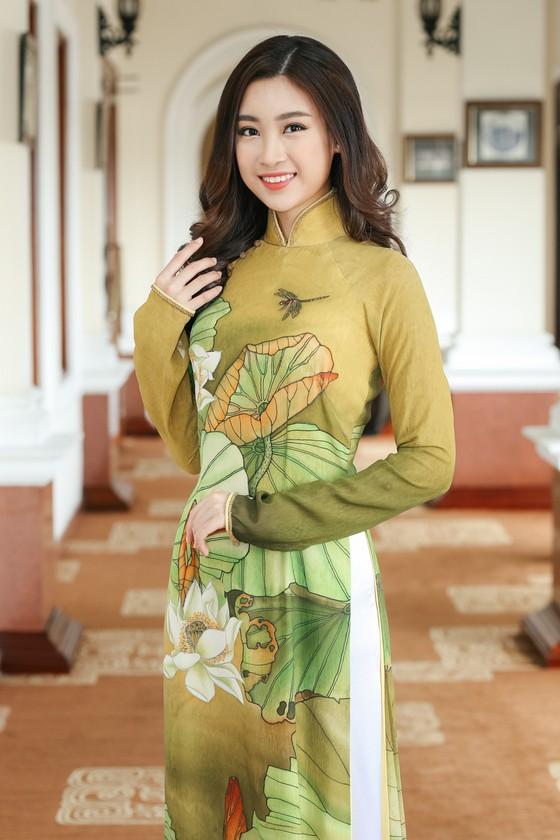 Đỗ Mỹ Linh đại diện Việt Nam thi Hoa hậu Thế giới 2017 ảnh 2