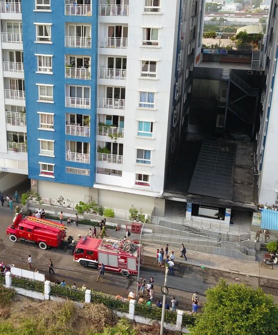 Cháy chung cư cao cấp ở TPHCM, 13 người tử vong ảnh 32