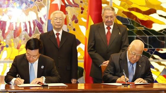 Việt Nam - Cuba  Đoàn kết, hữu nghị, trước sau như một ảnh 1