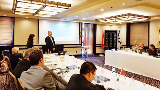 Bí thư Thành ủy TPHCM Nguyễn Thiện Nhân dự hội thảo các giải pháp đô thị thông minh tại Israel  ảnh 2