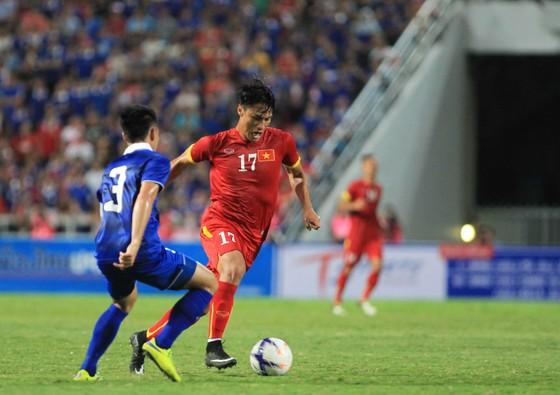 Bóng đá Việt có cần cầu thủ Việt kiều? ảnh 1