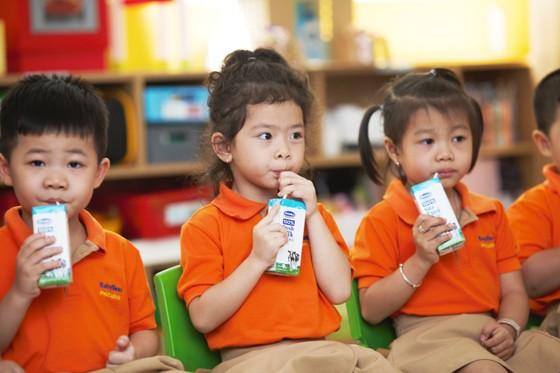 Thêm cơ hội tiếp cận dinh dưỡng cho trẻ em nghèo ảnh 1
