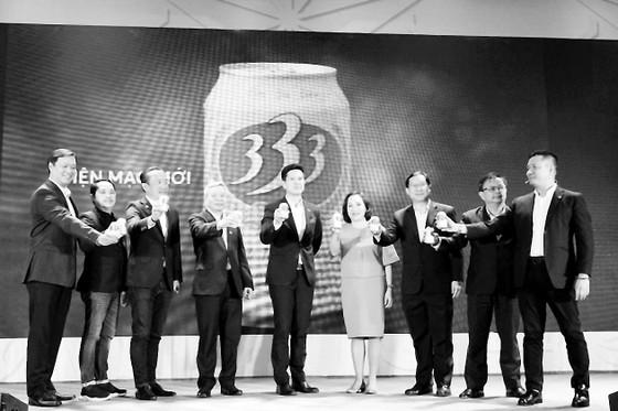 """Bia 333 - thương hiệu bia """"huyền thoại""""  trở lại với diện mạo mới ảnh 1"""
