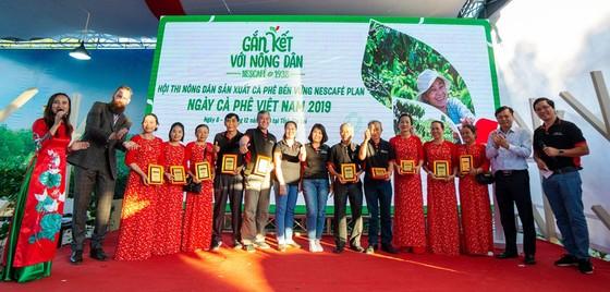 NESCAFÉ Plan mười năm gắn kết với nông dân nâng cao chất lượng cà phê Việt Nam ảnh 1