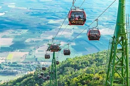 Danh thắng Núi Bà Đen đón lượng khách lớn trong dịp Tết Canh Tý ảnh 9