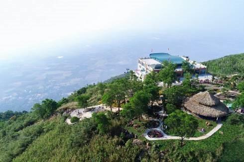 Danh thắng Núi Bà Đen đón lượng khách lớn trong dịp Tết Canh Tý ảnh 3