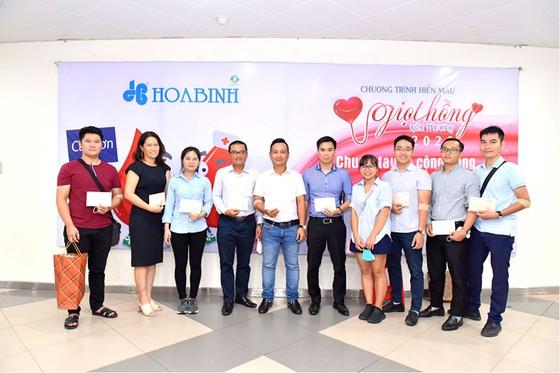 Tập đoàn xây dựng tổ chức chương trình Giọt hồng yêu thương 2020 - lần 3 tại Hà Nội ảnh 2