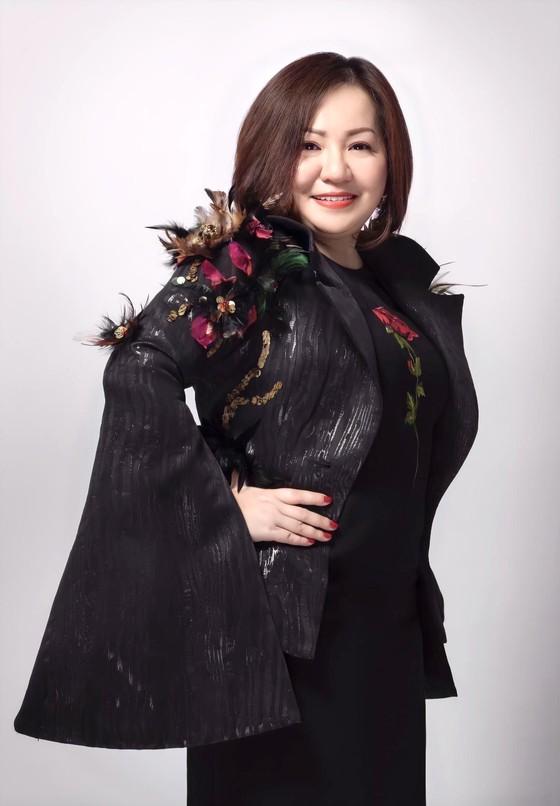 Chủ tịch VIFW và CAFD Lê Quỳnh Trang: Thời trang Việt Nam đang có vị thế mới ảnh 1